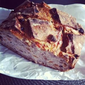 J'avais la flemme d'aller chercher le #pain, mon homme l'a…