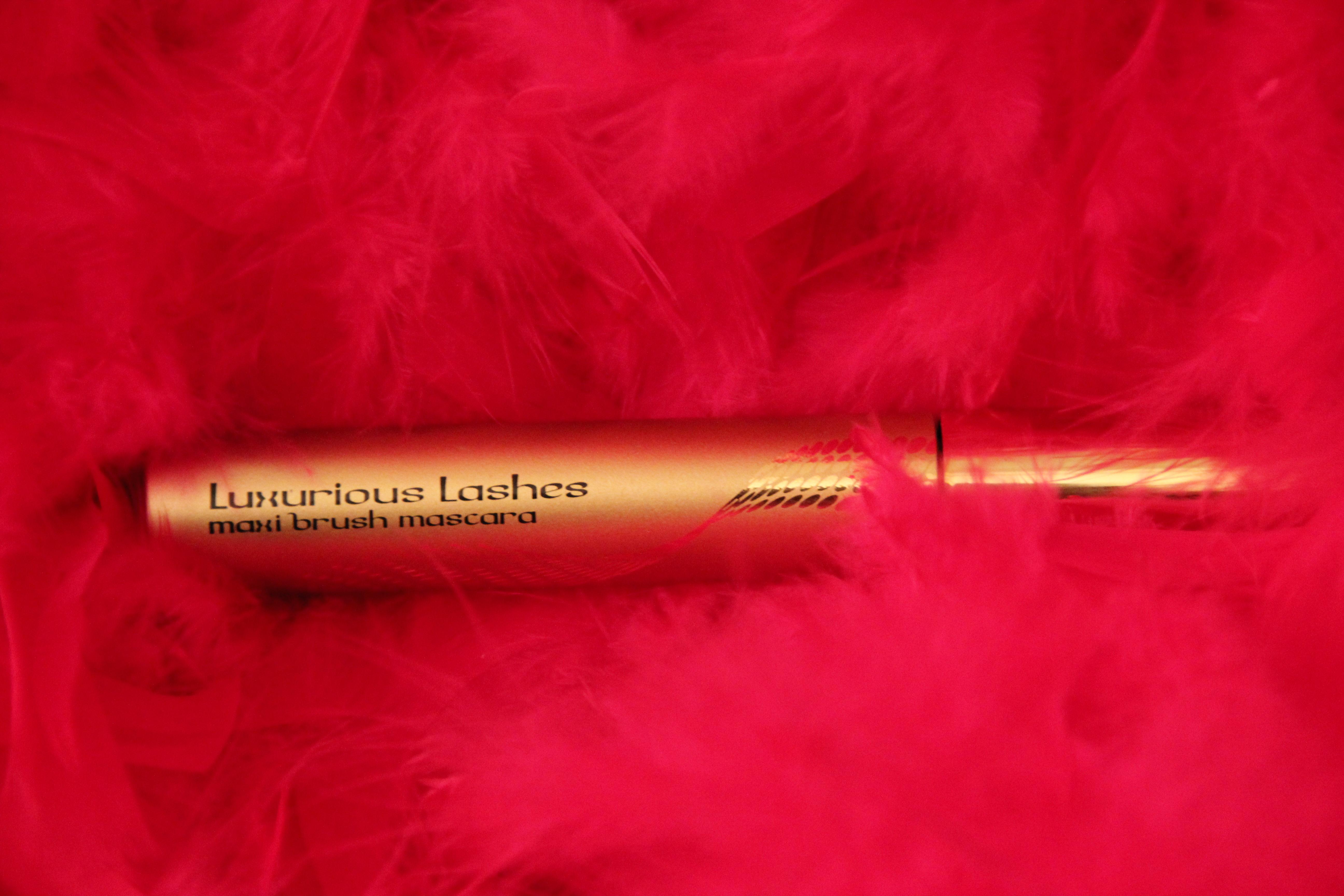 Kiko Luxurious Lashes - Charonbelli's blog beauté