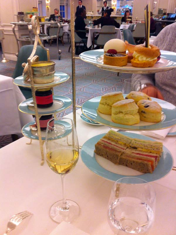 tea-time-chez-fortnum-and-mason-acc80-londres-1-charonbellis-blog-mode-et-beautecc81