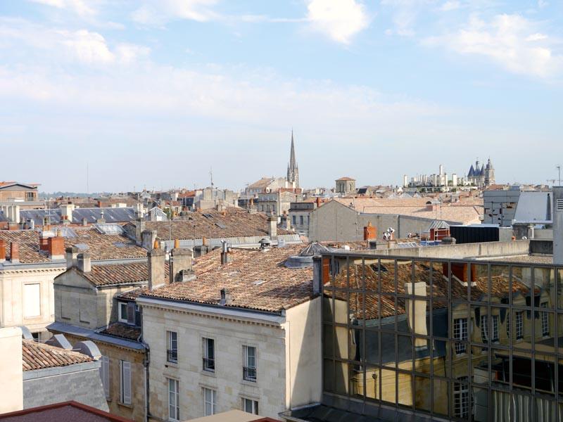 Mama-Shelter-Bordeaux-View-Charonbellis