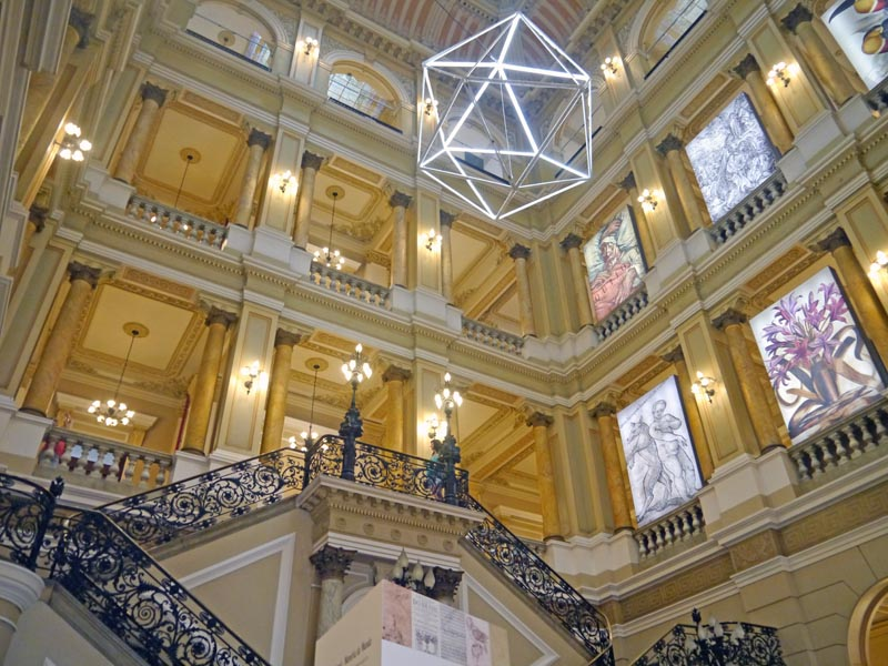 visiter-rio-incontournables-centro-bibliotheque-nationale3-charonbellis